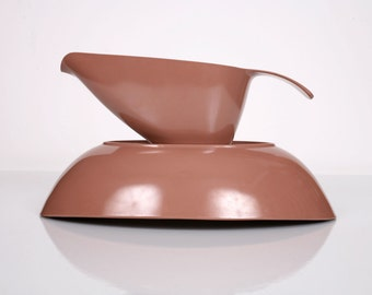 Melmac Dinnerware Gravy Boat and Serving Bowl, Milk Chocolate Colored Melmac Gravy Boat and Bowl