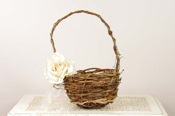 Flower Girl Basket with Ivory Rose - Floral and Wicker style - Beautiful rustic