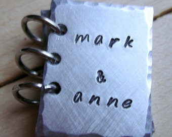 ... Personalized Keychain-Wedding Gift-Anniversary Gift-Husband-Wife Gift