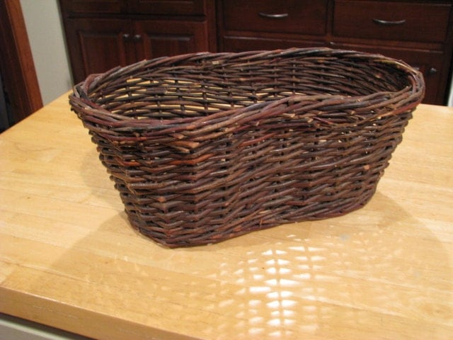 How To Weave A Basket Out Of Twigs : Vintage large woven twig basket