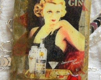 Seagers Gin Lady Decoupage Rectangular-Shaped Brooch