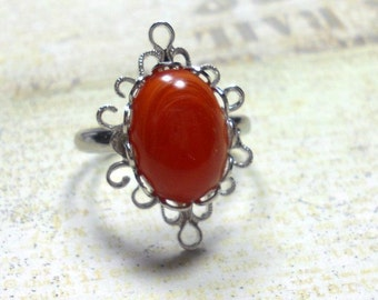 Vintage Lucite Cabochon Ring, Filigree Ring, Coral Marbled Vintage Cabochon Ring, Adjustable Ring, Womens  Ring