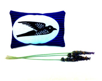 Organic Lavender Sachet // Bird