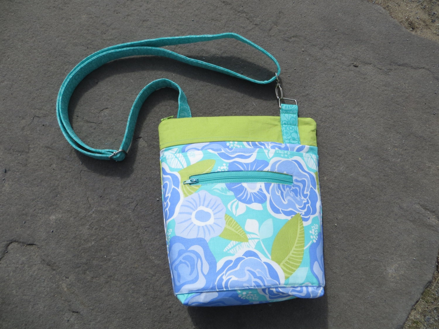 Instant Download PDF Sewing Pattern Cross Body Sling Bag