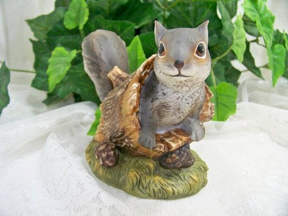 Masterpiece Porcelain Homco Figurine Squirrel Home Interiors
