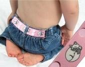"""Toddler Belt - Elastic Snap Belt - """"Sleepy Kitty"""""""
