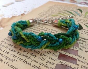 Emerald chinese staircase beaded braid friendship bracelet