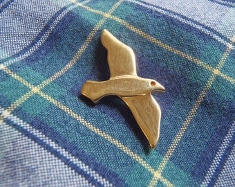 Vintage Crown Trifari Soaring Bird Pin Gold Tone Stick Pin for Lapel, Hat, Simple Design Smooth Seagull or Other Flying Bird c. 1955 to 1970