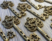 Wholesale Lot 155pcs Steampunk Victorian wholesale antique bronze skeleton key pendant charm necklace Alice in Wonderland 111  jewelry