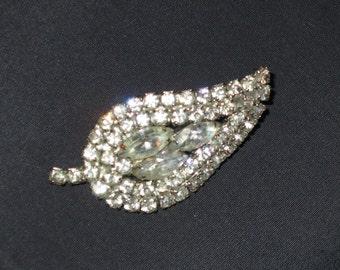 SAle Vintage Rhinestone Leaf shape pin