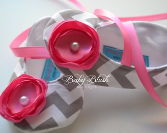 Grey Chevron Soft Ballerina Slippers Baby Booties with Hot Pink  Flowers and Ribbon Ties