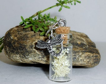 Queen Annes Lace Bottle Pendant Necklace. Flower Necklace,Botanical Pendant, Gift for Her