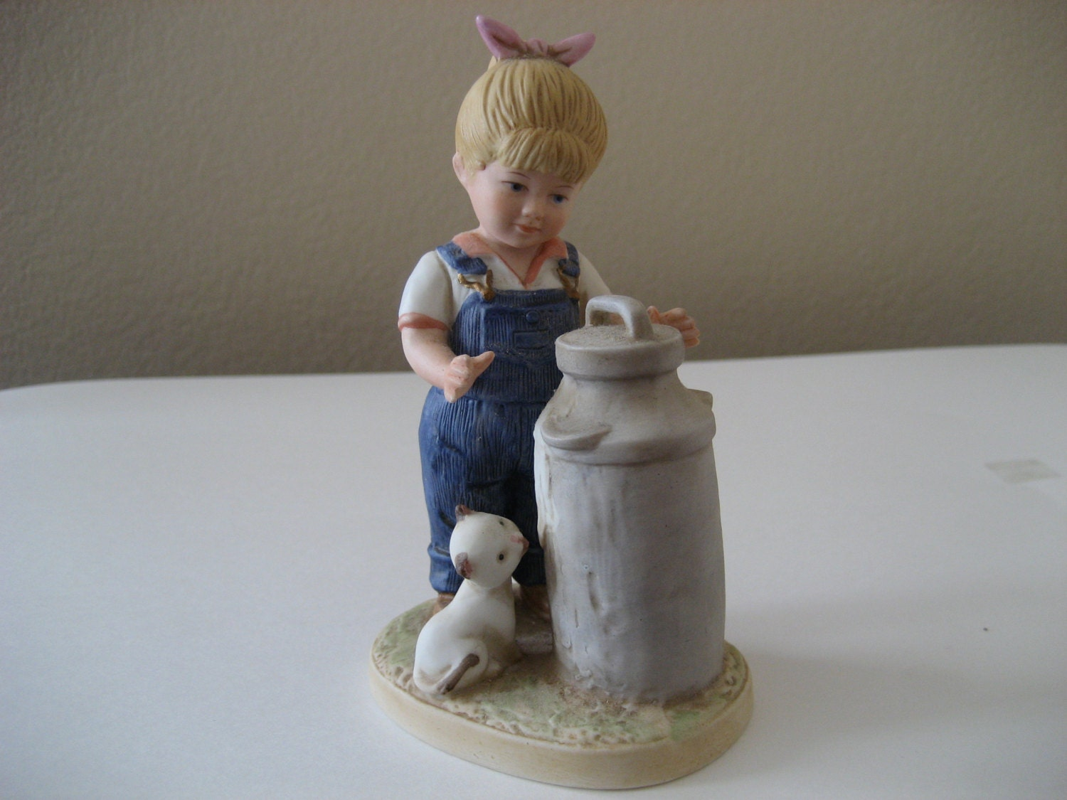 Vintage homco denim days girl figurine 1501 Home interiors denim das