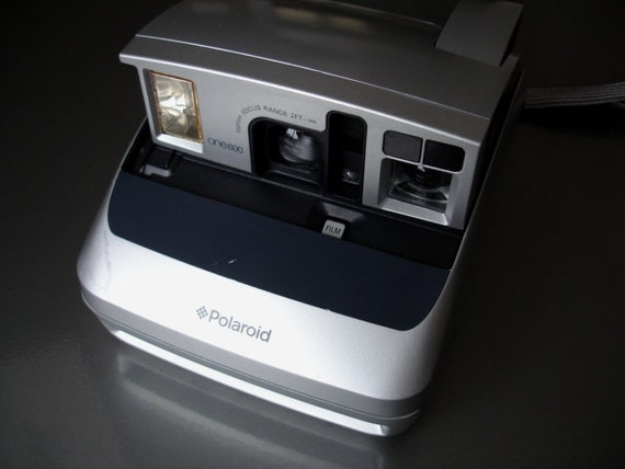 Vintage Polaroid One 600 Instant Camera - We have Lot's of Polaroid Cameras