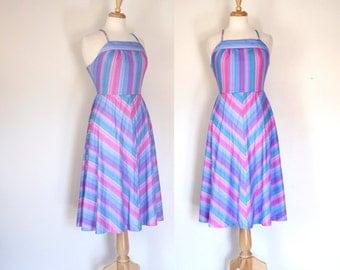 70s Dress / 70s Sundress / 70s Halter Dress / Boho Dress / 70s Fit and Flare Dress / Chevron Striped Dress / Festival Dress