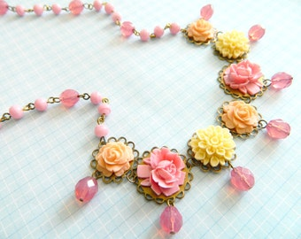 Pink Flower Necklace, Peach Floral Necklace, Pink Peach, Vintage Floral Necklace, Shabby Chic Necklace, Rose Necklace, Floral Garden, Pink