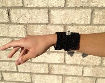 Crochet Cuff bracelet - Black