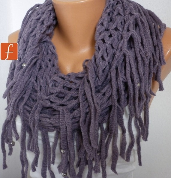 ON SALE - Lavender Infinity Scarf Loop Scarf Circle Scarf Fabric Knitted Lace Scarf - Tube Scarf - Lilac -fatwoman