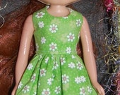 Dress for Blythe - Green with White Flowers  A4B020