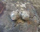 Pearl post earrings / crochet wire earrings / minimalist earrings / wedding earrings