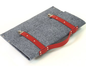MacBook 13 Pro, 13 Air, Retina briefcase cover case grey synthetic felt with red leather straps and handle made by SleeWay