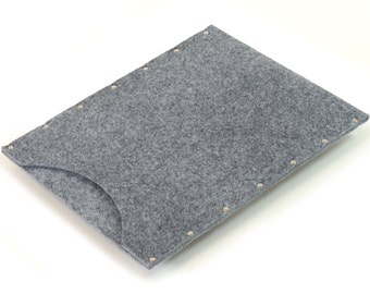 MacBook 13 Air Case, Sleeve, Cover grey synthetic felt handmade by SleeWay