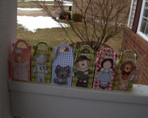 Wizard of Oz Inspired Gable Favor Boxes Set of 14