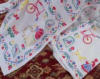 Table Cloth Faux Cross Stitch Square Medium Size Vintage Table Linen