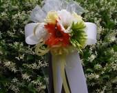 10 Green White Ivory Yellow Orange Gerbera Daisy Rose Flower Ball Pew Bows Wedding Decorations Bridal