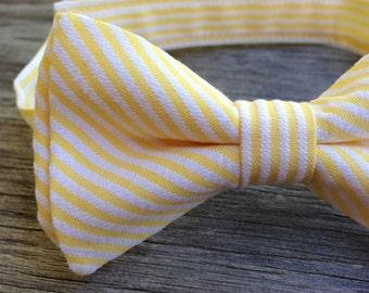 Boys Yellow Tie -- Yellow Seersucker Tie -- Boys Yellow Bowtie -- Mens yellow bow tie