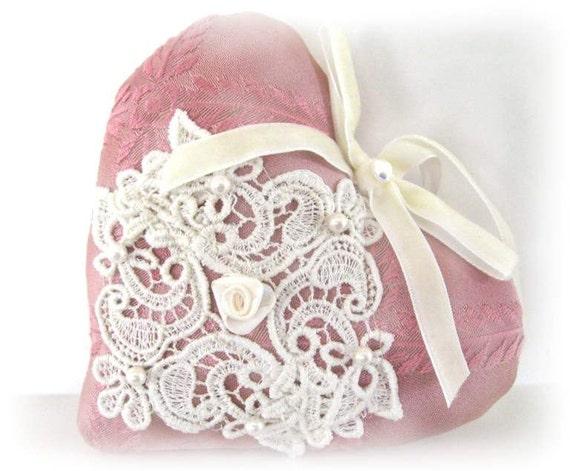 Sachet Heart, Cottage Style, PINK Damask, Venise Lace Lavender Buds, Primitive Handmade CharlotteStyle Decorative Folk Art
