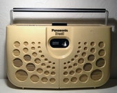 VTG Panasonic portable 8 track player / stereo / works great / cream white off-white 1970s 70s mod electronics retro 8track plug or battery
