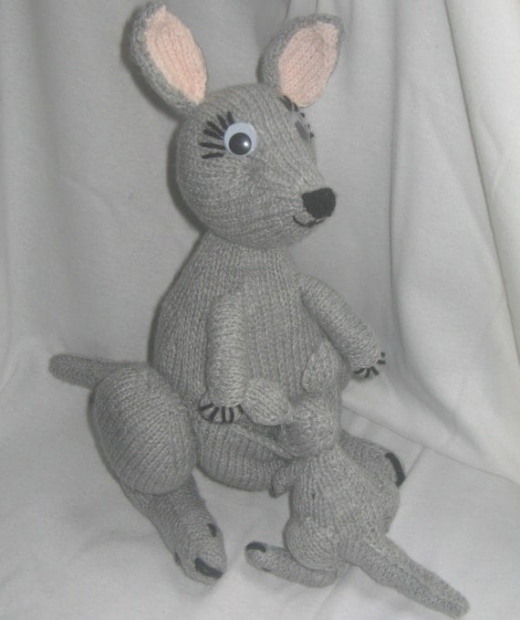 Kangaroo Pouch Knitting Pattern : Toy Kangaroo & Joey: KNITTING PATTERN   pdf file by automatic download fr...