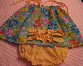 Ruffled sundress in tropical flower print and polkadot bloomers