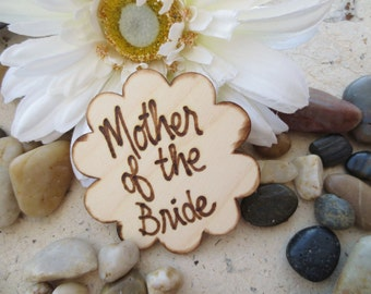 Mother of the Bride Pin Rustic Wedding Decoration Daisy Flower Pin for Mom