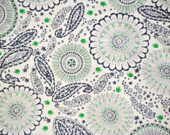 """Sale! Navy and Kelly Green Medallions and Paisleys on Cream Cotton Twill 60"""" wide, 1 yard"""