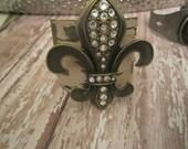 Swarovski crystal Fleur De Lis Metal cuff Shabby Chic patina finish Beautiful bracelet