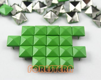 50Pcs 10mm Yellow Green Color PYRAMID Studs (CP-6018-10)