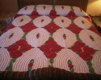 SALE - RED Roses, Lollipops and GREEN Leaves on White Vintage Chenille Bedspread - Free Shipping