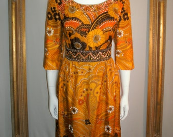 Vintage 1970's Silk Dress with 3/4 Sleeves - Size