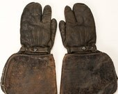 Vintage Leather WWI WWII Gunner's Gauntlet Gloves