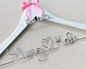 Personalized Wedding Hanger with Charm, WHITE Hanger, Dress Hanger, Bride Hanger, Name Hanger, Custom Made