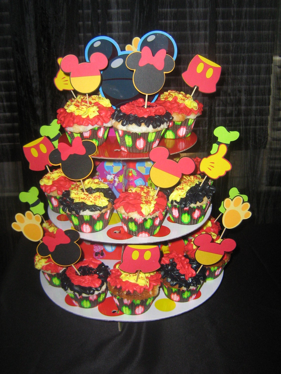 Mickey Mouse cupcake toppers Minnie mouse Goofy Pluto