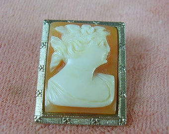 Antique Cameo Brooch Rectangle 10K White Gold  3/4 X 1/2 inch C Clasp 2.6gm