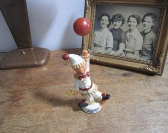 New England Beam and Specialties Club Paper Weight Dog and Balloon.