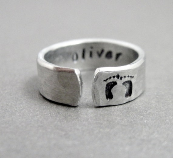 Custom New Mom Ring - Personalized with Name