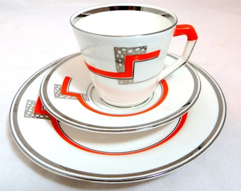 Art Deco Trio, CWS Windsor China Geometric Cup, Teaplate & Saucer Set, Orange and Metallic Silver Banding 1941