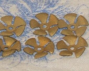 Vintage Flower Findings Vintage Brass Textured Flower Findings 18mm (8)