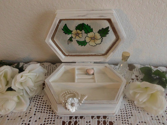 White Jewelry Box Shabby Chic Beach Cottage French Country Farmhouse Home Decor Lovely Romantic Rustic Birthday Mother's Day Gift For Her