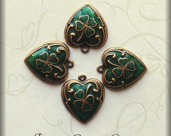 Enameled Shamrock charms (x4)